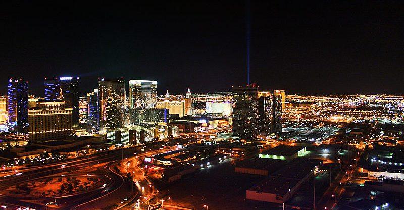 Curimedia - Las Vegas Skyline at night North