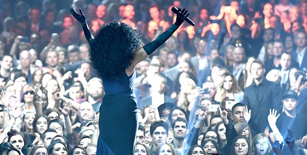 Bruno Mars Wins Big At 2017 American Music Awards
