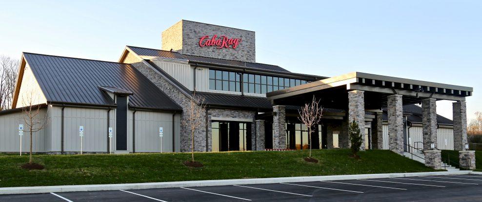 Ray Stevens Opens Nashville's CabaRay Showroom