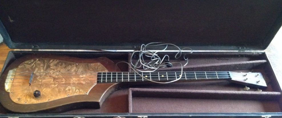 World's First Electric Bass Sold On EBay For $24k
