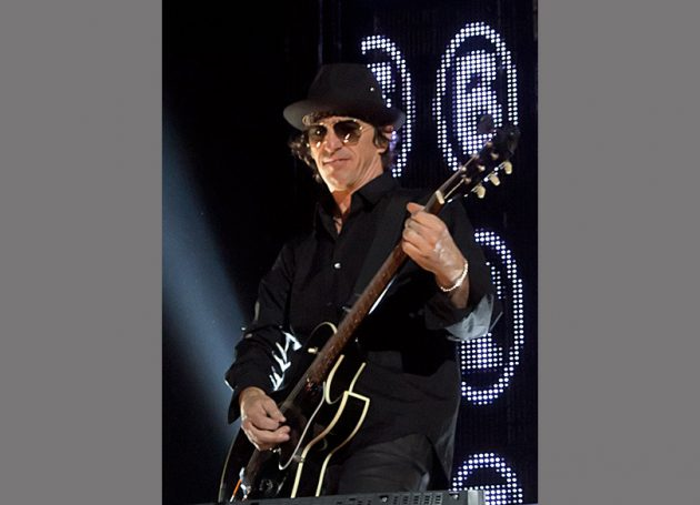 Izzy Stradlin Was 'Unable To Reach A Happy Middle Ground' On GN'R Tour