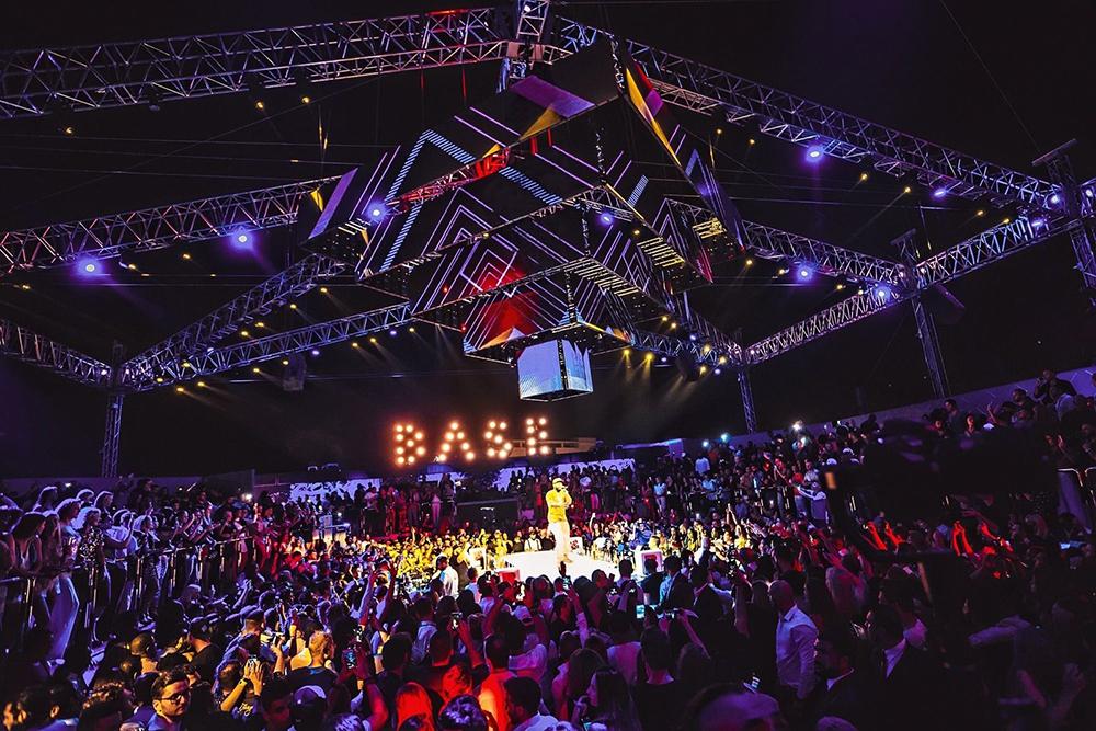 X клуб в москве ночные клубы казани и цены