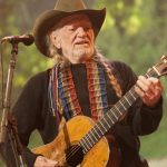 Willie Nelson To Resume Touring In September