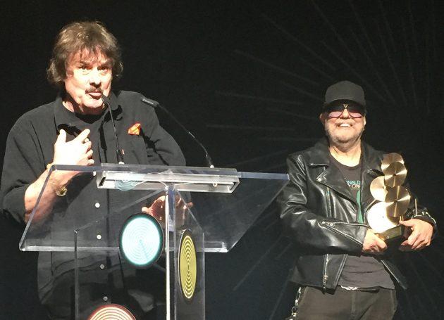 Burton Cummings Wins A SOCAN Lifetime Achievement Award