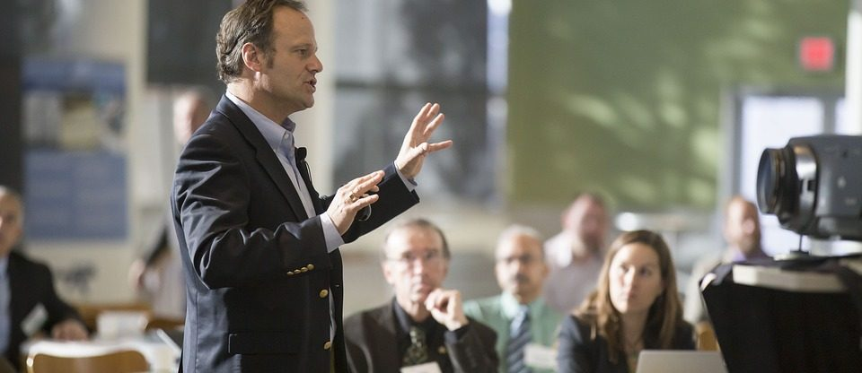 Corporate Event Checklist: Choosing The Perfect Keynote Speaker