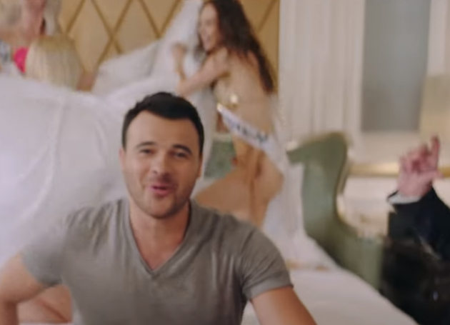 Russian Pop Star Releases Video Spoofing The Alleged Donald Trump 'Pee Tape'