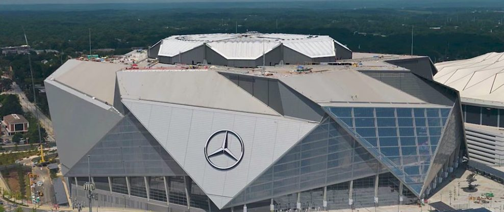 Mercedes-Benz Stadium Roof (Finally) Opens
