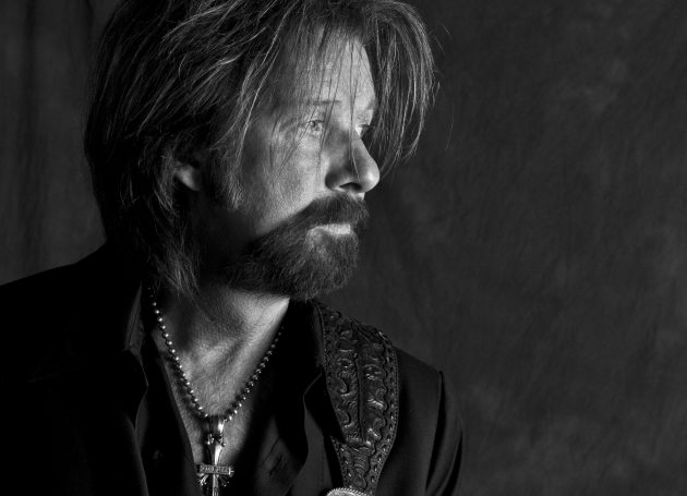 Ronnie Dunn, K.T. Oslin To Join Nashville Songwriters Hall Of Fame