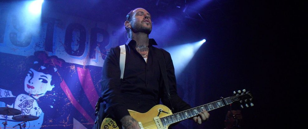 Social D's Mike Ness Accused Of Attacking Fan From Stage