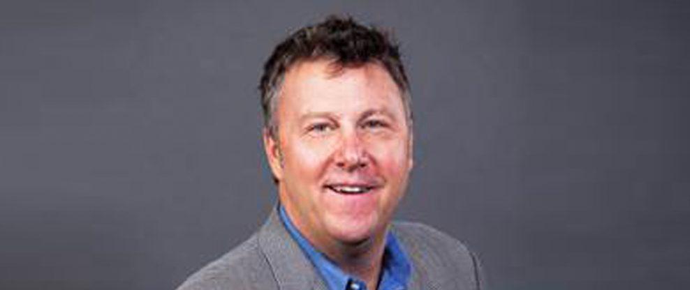 Warner Music Nashville Promotes Tom Martens To VP/Radio & Streaming
