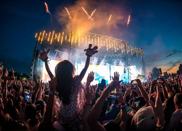 More Than 100,000 Fans Turn Out For Electric Zoo's Tenth Anniversary