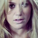 Move Over Steve Harvey: Kelly Clarkson Now A Talk Show Host