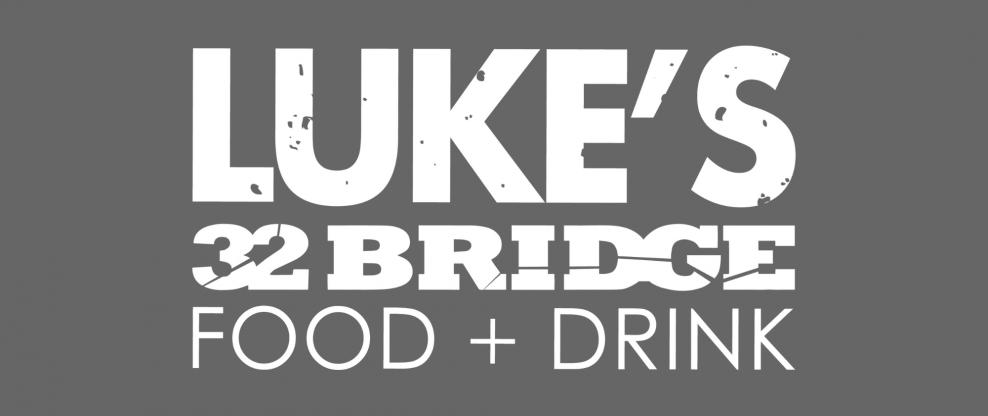 Luke Bryan Draws 30,000 Opening His Nashville Restaurant