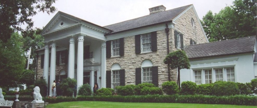 Tourist Sues For Graceland Visit That Allegedly Caused Hearing Loss, Marriage Troubles