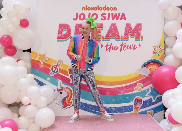 The Rolling Stones Of Tweens - JoJo And Her Bows - Go On Tour
