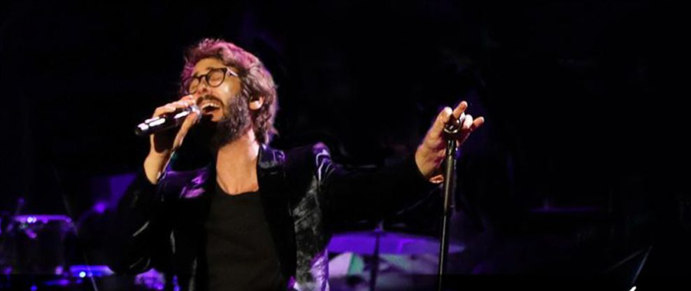 Josh Groban Announces Summer 2019 'Bridges Tour'