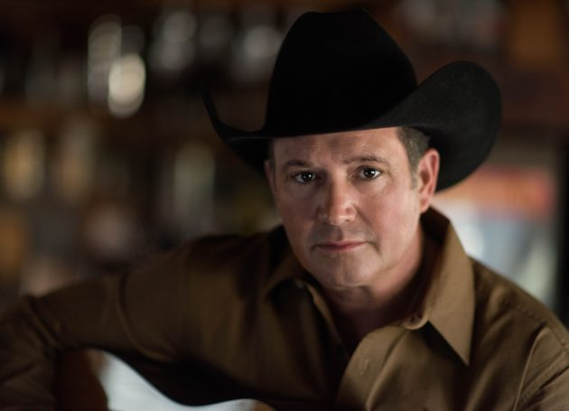Tracy Byrd Talks About His 25th Anniversary Tour And Being Midland's Biggest Fan