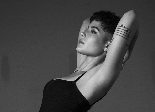 A Pregnant Halsey Cancels Her Manic World Tour