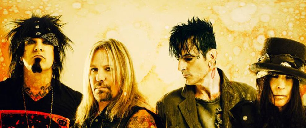 MÖTLEY CRÜE Threatens Legal Action Over Reelz Documentary Series 'Breaking The Band'