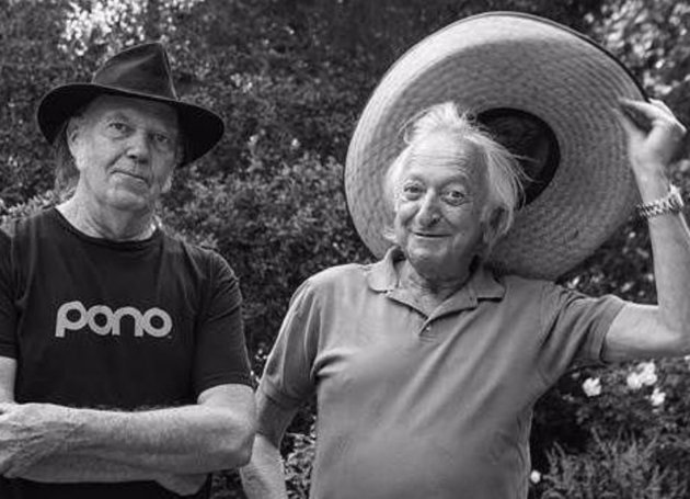 Neil Young, Stephen Stills, Graham Nash Pay Homage To Elliot Roberts