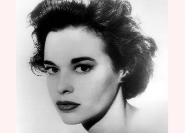 Gloria Vanderbilt, Heiress, Fashion Entrepreneur, Dies