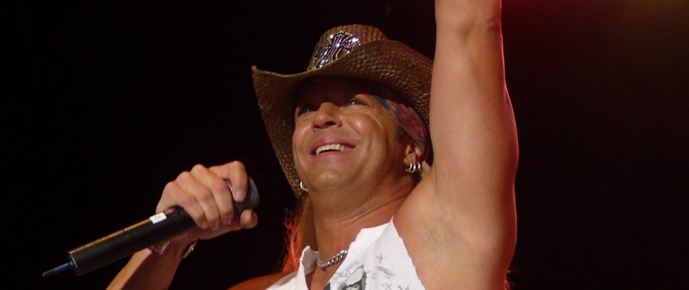 """Bret Michaels Gears Up For """"Hometown Heroes Tour,"""" Launches Radio Contest To Recognize Local Heroes"""