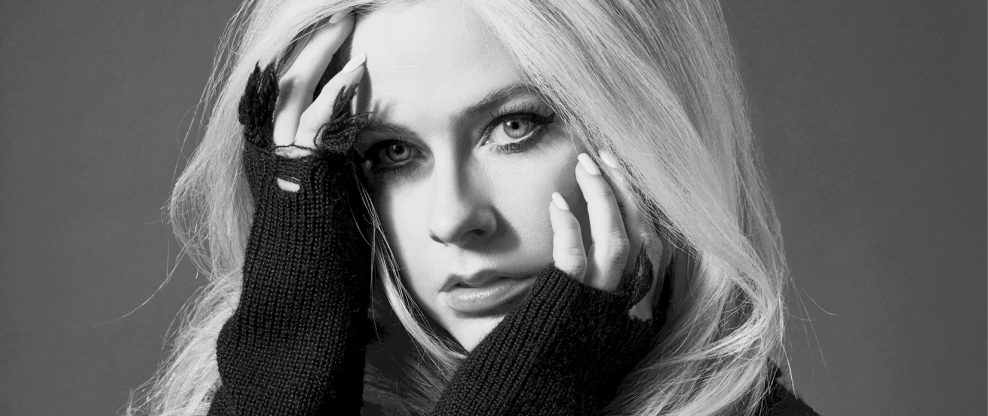 Avril Lavigne Announces 'Head Above Water' 2020 World Tour