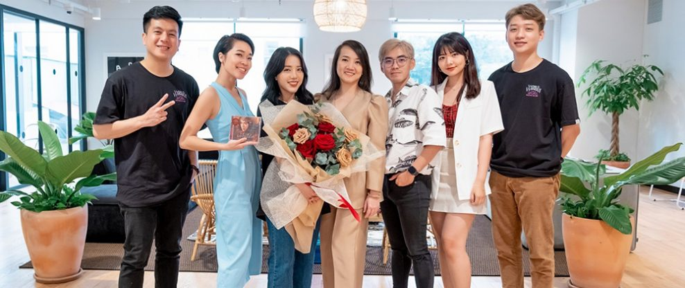 UMG Vietnam Signing Party
